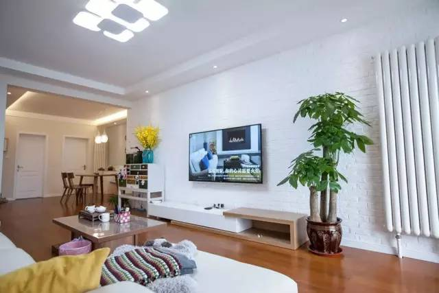【家装日记】这些好看的背景墙 让你看电视都分心! 背景,电视,电视墙,隔板,简单 第28张图片