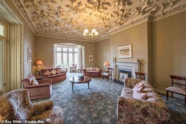 中国富翁豪掷1750万美元购买悉尼豪宅,作为圣诞礼物送给17岁儿子 ... 福布斯,王庆辉,王佳乐,中国,富翁 第2张图片