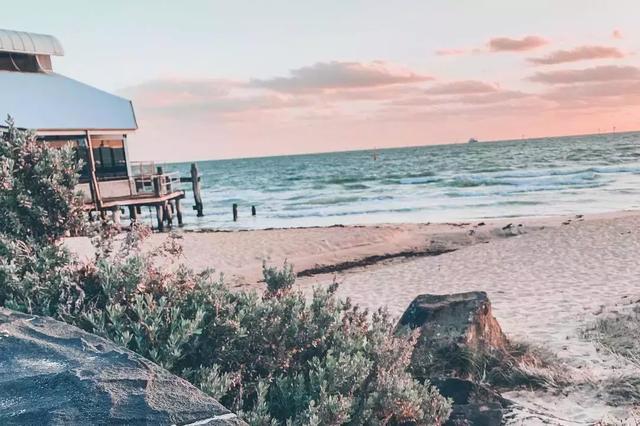 澳大利亚墨尔本「最美16KM海岸线」,TOP 5海滩散步+探店指南! ... 澳大利亚,利亚,墨尔本,最美,海岸线 第2张图片