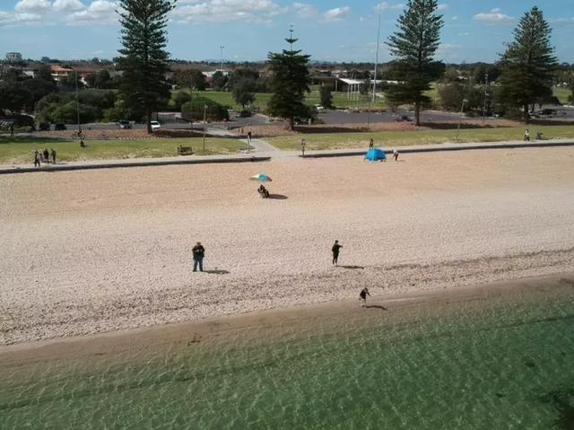 澳大利亚墨尔本「最美16KM海岸线」,TOP 5海滩散步+探店指南! ... 澳大利亚,利亚,墨尔本,最美,海岸线 第18张图片