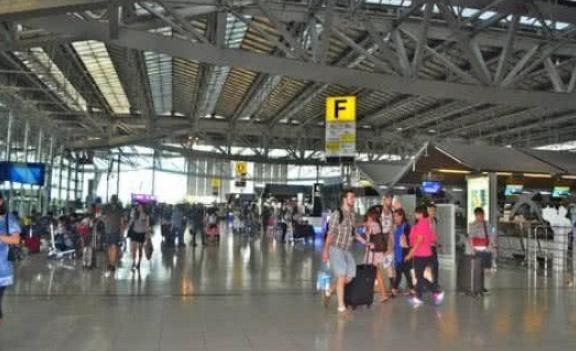 泰国机场建造了46年,慢工出细活?网友:大部分都是中国旅客 ... 泰国,泰国机场,机场,建造,网友 第4张图片