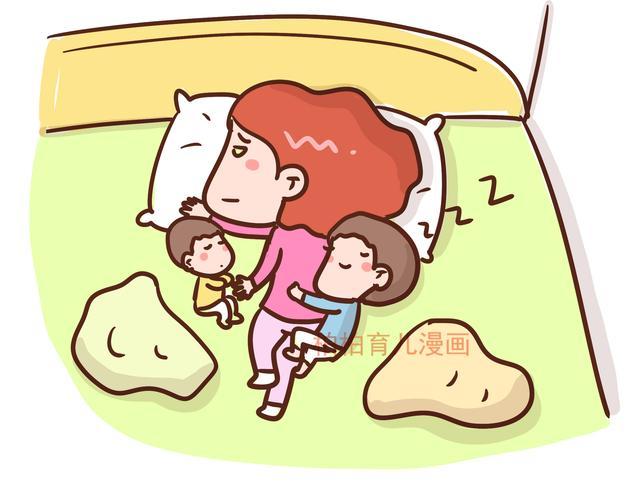 为什么宝宝总让妈妈压着手睡觉?得知原因后,妈妈已泪目 发现,千姿百态,缺乏,为什么,宝宝 第1张图片
