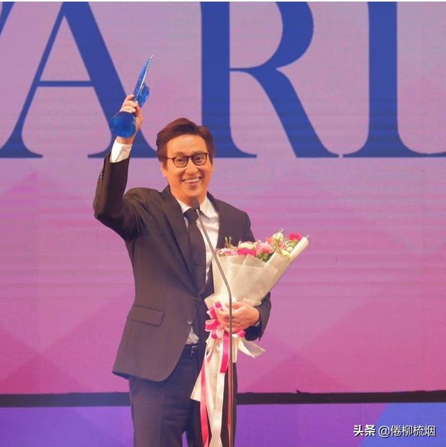泰国KCL大奖揭晓,Weir、Bella再次同台领奖,Singto依然最受欢迎 ... 泰国,大奖,揭晓,再次,同台 第2张图片