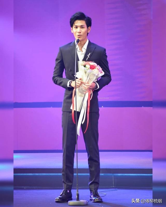 泰国KCL大奖揭晓,Weir、Bella再次同台领奖,Singto依然最受欢迎 ... 泰国,大奖,揭晓,再次,同台 第4张图片