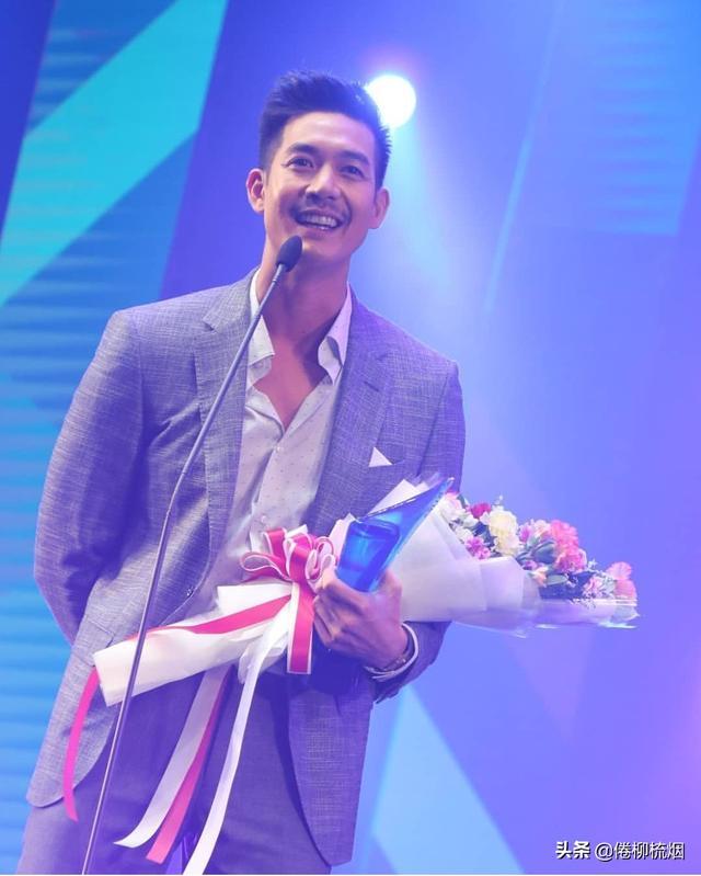 泰国KCL大奖揭晓,Weir、Bella再次同台领奖,Singto依然最受欢迎 ... 泰国,大奖,揭晓,再次,同台 第6张图片