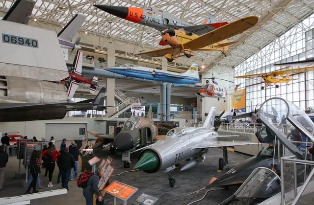 来参观一下西雅图的飞行博物馆,了解不一样的飞机 参观,一下,西雅图,飞行,博物 第3张图片