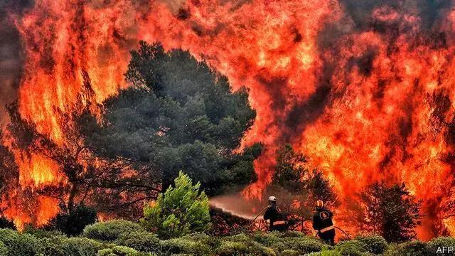 美国地质调查局报告令人担忧,加州7座活火山可能引发可怕大灾难 ... 沙斯塔火山,山体滑坡,热带风暴,美国,地质 第1张图片