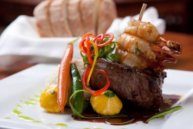 加拿大百家必吃餐厅:温哥华11家上榜!今年照着这榜单去吃吧 ... 宝马,用户数量,百家,餐厅,温哥华 第3张图片