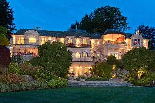 那个3亿全款买豪宅的中国土豪,最近在温哥华买了辆布加迪,交了$90万的税... ... 那个,豪宅,中国,国土,土豪 第22张图片
