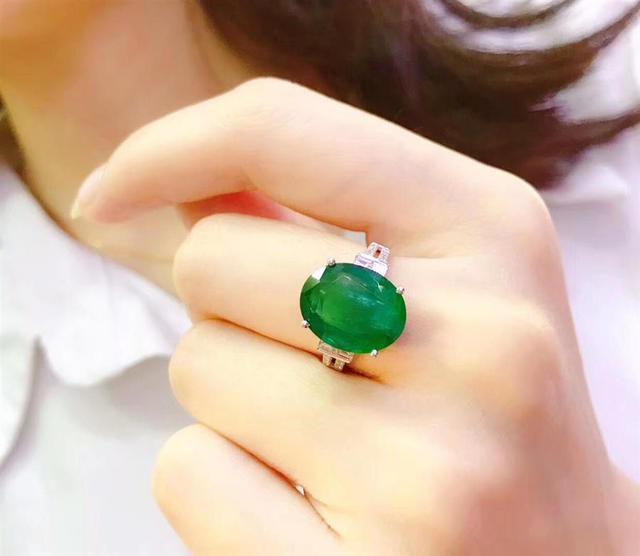 买珠宝,找单星宏巴西珠宝缘就够了! 珠宝,单星,巴西,够了,猫眼 第30张图片