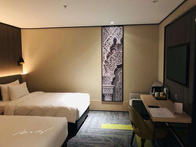 马来西亚的酒店房间天花板上都有个小箭头,你知道是做什么的吗? ... 发现,刘小顺,酒店,房间,天花板 第1张图片