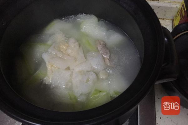 春天湿气重,这碱性食物女性要多吃,祛湿消水肿,降脂减肥 ... 春天,湿气,碱性,碱性食物,食物 第7张图片