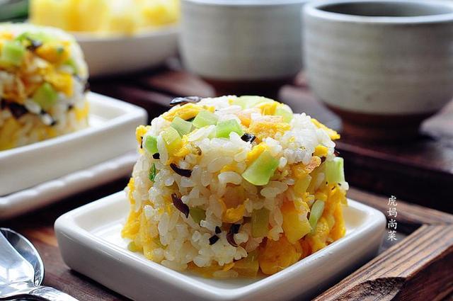 菠萝卷入早餐饭,天天吃都不烦,4月的它比青菜还便宜 天天,菠萝,青菜,卷入,早餐 第12张图片