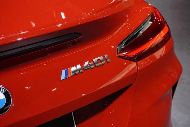 不用66万,也不用坐发动机盖上!只需48.8万就能买全新宝马Z4 不用,发动机,发动机盖,动机,盖上 第5张图片