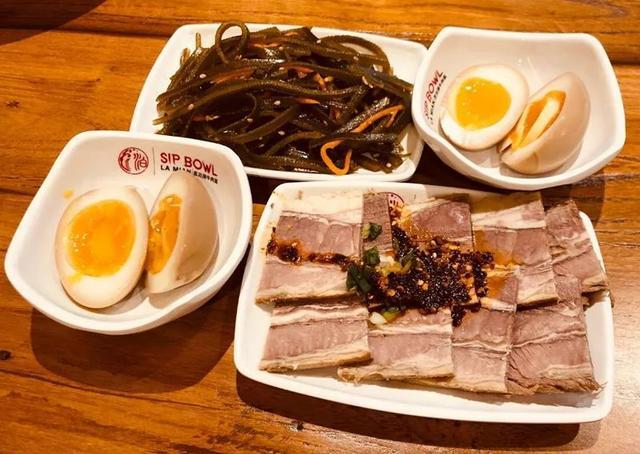 号称全宇宙最好吃的牛肉终于来温哥华了!上榜《舌尖上的中国》!简直太霸气! ... 号称,全宇宙,宇宙,最好,好吃的 第9张图片