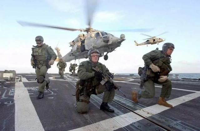 37岁美国海豹突击队现役队员求职纽约消防局,竟然被拒…… 美国,海豹突击队,突击,突击队,现役 第1张图片