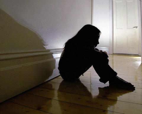 澳洲男子多次性侵女儿还恐吓不能报警 30多年后终受法律制裁 ... 澳洲,男子,多次,性侵,女儿 第1张图片