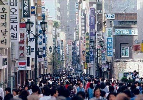 韩国工作实在难找,国内混不下去,竟有1/3毕业生去了日本 韩国,工作,实在,难找,国内 第1张图片