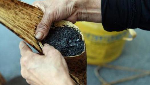 粽子和草木灰在一起有什么用途? 发现,糯米,草木灰,粽子,在一起 第3张图片