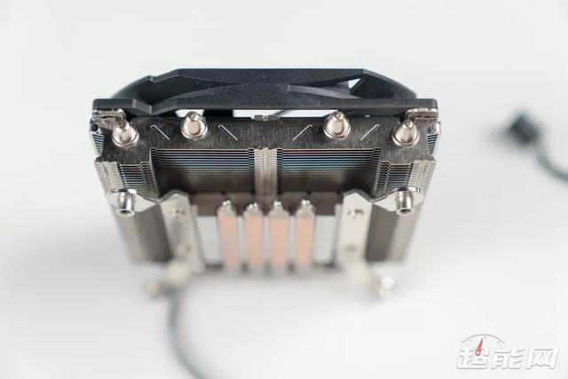 ID-COOLING IS-30散热器评测:小身材,大拳头 难题,散热器评测,身材,拳头,现在 第12张图片