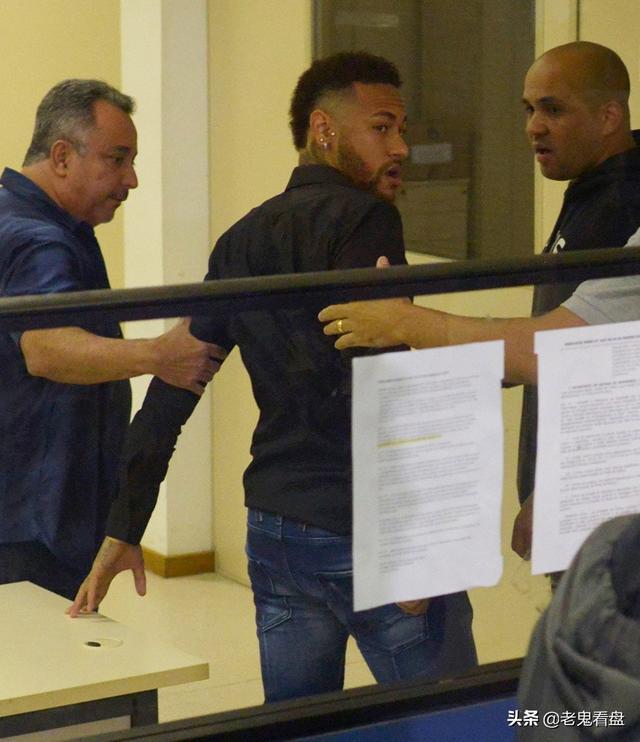 巴西模特控告内马尔重口味涉嫌暴力的风流事 巴西,球员,模特,控告,马尔 第2张图片