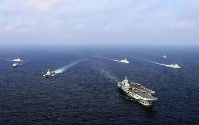 枪口调转瞄准自己人,川普究竟多可怕?10万吨核航母难逃脱噩运 ...  第4张图片