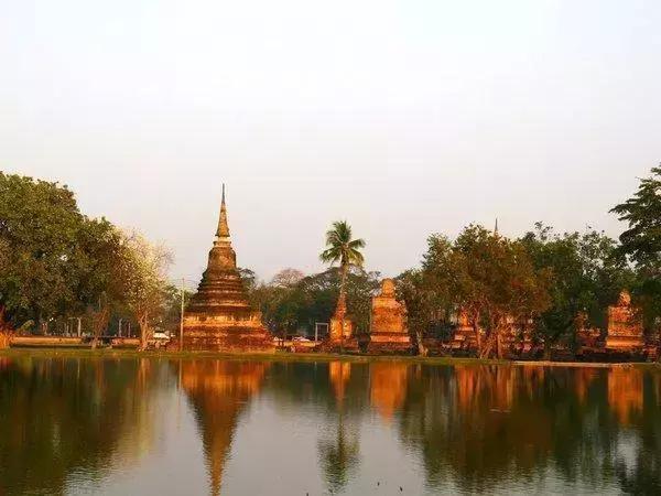泰国旅游九大必逛景点 唐人街,泰国旅游景点,泰国旅游九大,郑王庙,泰国旅游 第6张图片