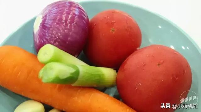 不用炖煮,几个私房小窍门教你搞定一锅番茄牛腩 金星,简单,容易,不用,几个 第4张图片
