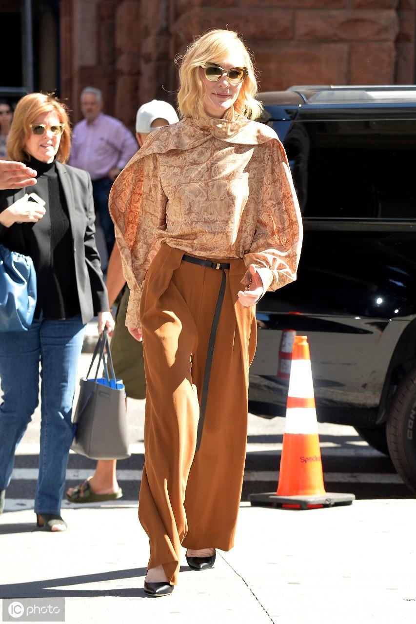 2019年8月10日泰勒抵达洛杉矶市洛杉矶会议中心的Beautycon节 泰勒,美利坚合众国,洛杉矶市,抵达,洛杉矶 第10张图片