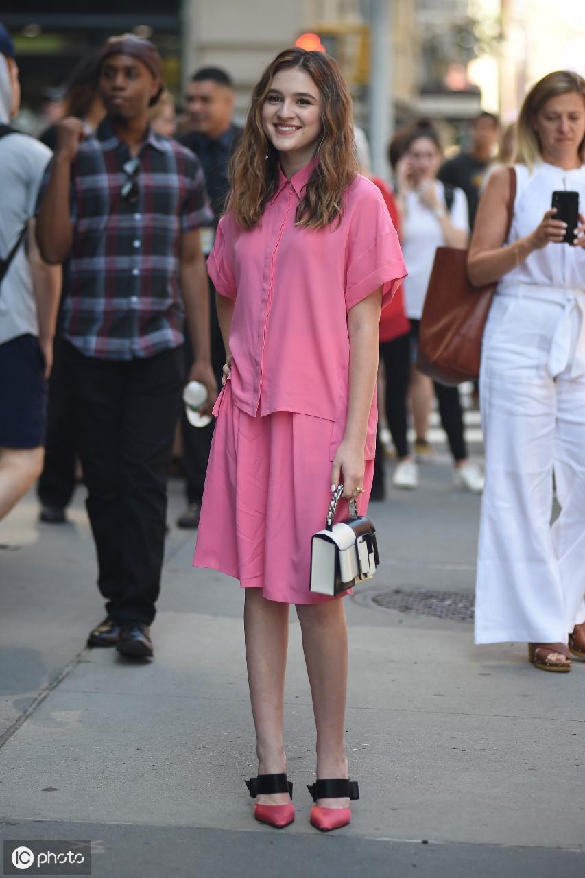 2019年8月10日泰勒抵达洛杉矶市洛杉矶会议中心的Beautycon节 泰勒,美利坚合众国,洛杉矶市,抵达,洛杉矶 第12张图片