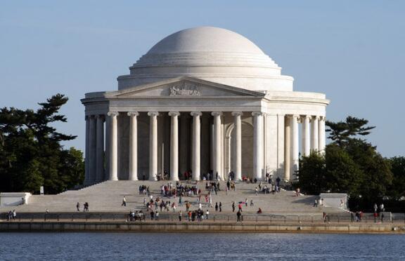 华盛顿十大著名旅游景点,白宫作为美国历代总统办公和居住的地方,那是一定要去的 ... 华盛顿纪念碑,有气势,非常有气势,华盛顿,十大 第9张图片