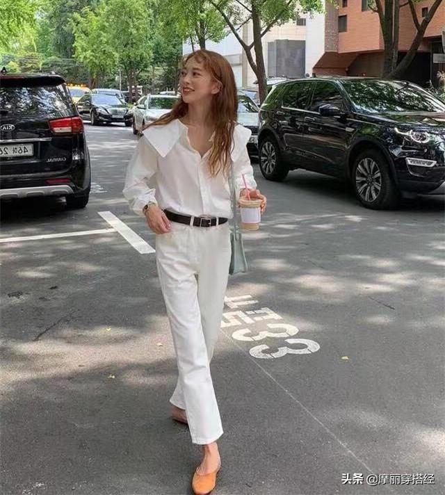 奶奶裤与衬衫结合,早秋的穿搭不用愁了 白色的,白衬衫,都可以,休闲鞋,整体的 第4张图片