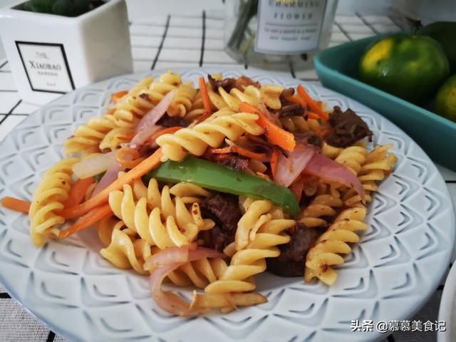 我家早餐天天不重样,烫一烫炒一炒,快手美味营养 我家,早餐,天天,快手,美味 第6张图片