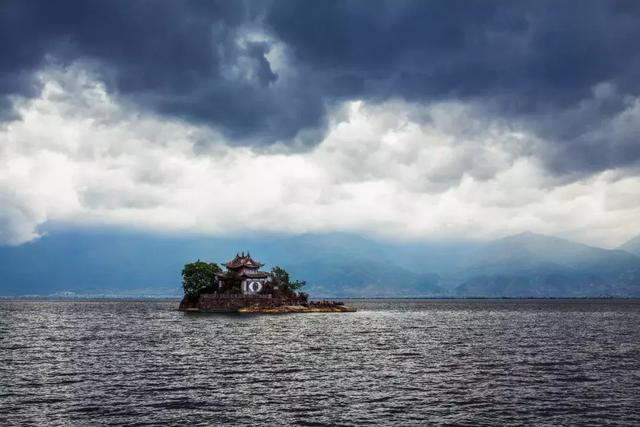 去过那么多次云南,唯独爱上了洱海 不知不觉,苍山洱海,彩云之南,第一站,蓝色的 第7张图片
