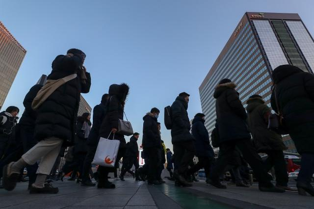 取缔精英高中,韩国进一步左翼民粹化 2019年11月,《南方周末》,2025年,韩国教育,一个人在 第1张图片