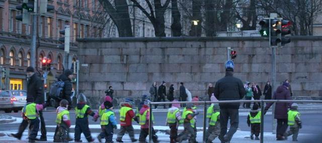 猜一猜,芬兰人是如何打发又长又冷的冬天咧? 太阳升起,早晨太阳,与此同时,普通人,越来越 第18张图片