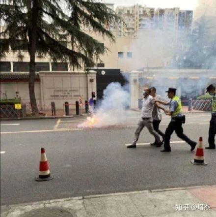中方封闭成都领事馆的真相,看完你一定惊呆! 第3张图片