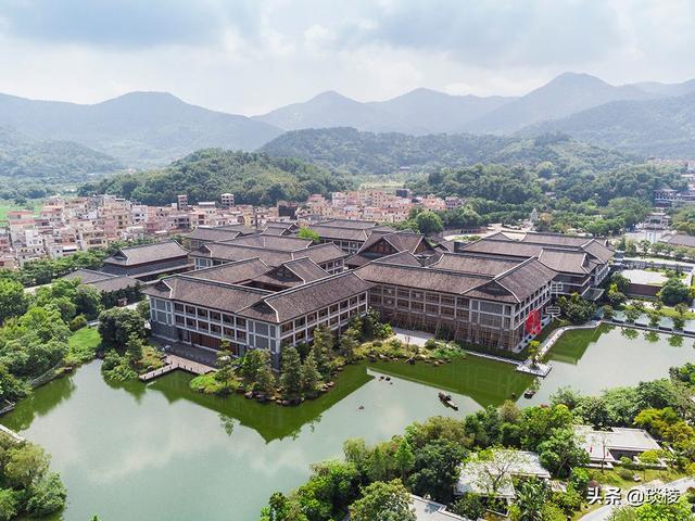 这家现代化酒店,1000平米的大堂,竟是榫卯结构,不用一根钉子 第1张图片