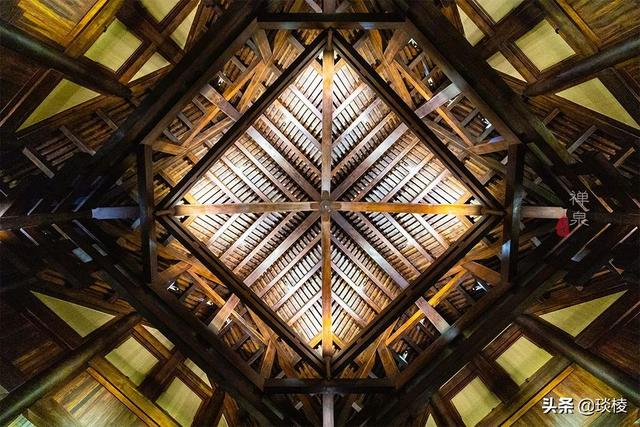 这家现代化酒店,1000平米的大堂,竟是榫卯结构,不用一根钉子 第7张图片
