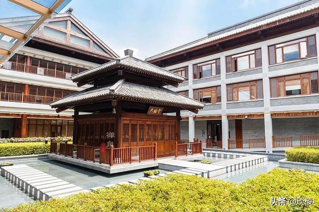 这家现代化酒店,1000平米的大堂,竟是榫卯结构,不用一根钉子 第13张图片
