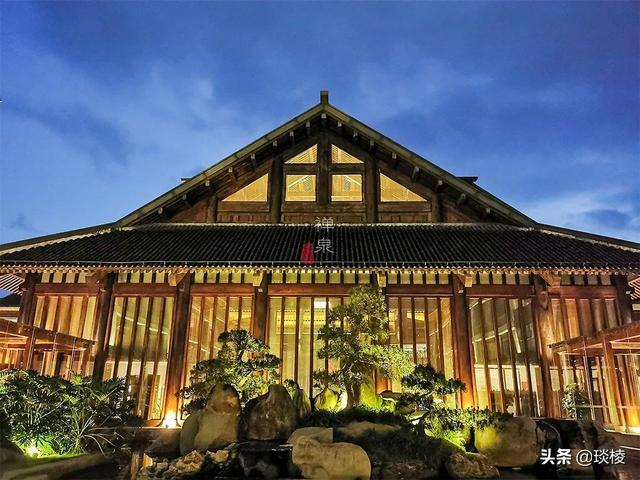 这家现代化酒店,1000平米的大堂,竟是榫卯结构,不用一根钉子 第16张图片