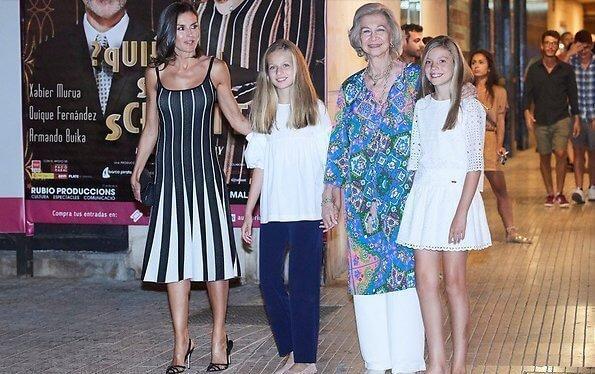 西班牙一家合体,14岁小公主初次穿姐姐旧衣,1米7身高穿得小一码 第6张图片