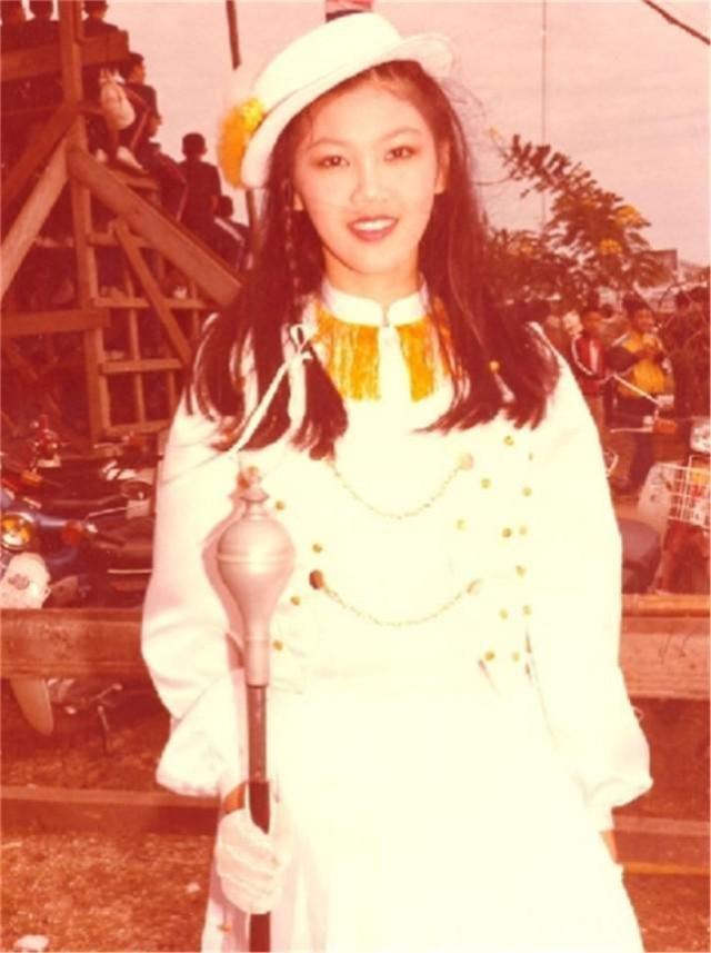 败走泰国政坛,成为中国公司董事长,英拉的人生到底有多出色? 第2张图片