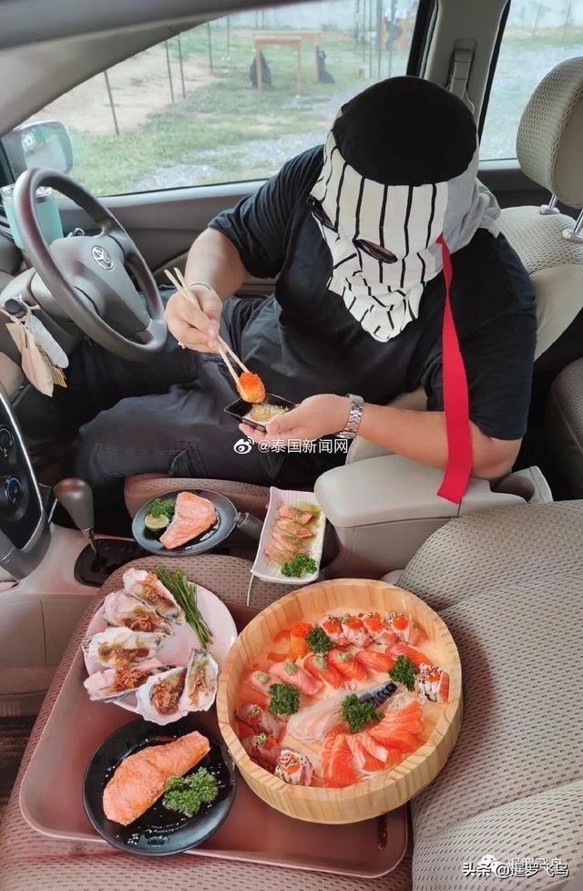"""疫情下的创新,关餐厅不关厨房,泰国""""汽车餐厅""""获赞被刷屏 第1张图片"""