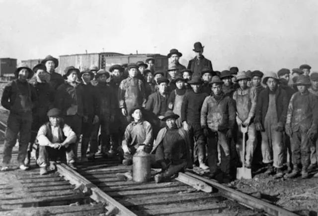 """""""铁路华工纪念日""""2017美国加州众议院全票通过决议案设立的节日"""