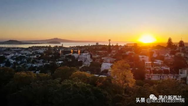 新西兰中位数年涨32%!5月奥克兰量价同创新高,年入17万才够买房