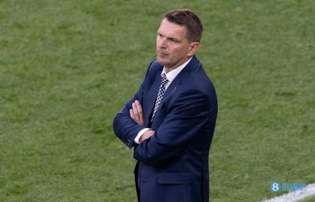 斯洛伐克主帅:西班牙打进第三球后,比赛就变成表演赛了