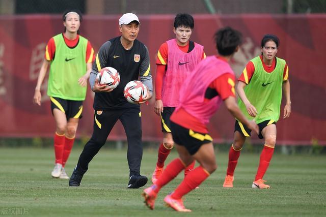 第6次出征奥运,中国女足首战被看衰,队长缺阵赢球几率不敷2成 第2张图片