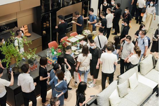 品牌新声丨曲美家居·悦时2.0新品登陆中国建博会(广州) 第3张图片