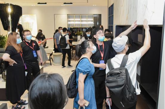 品牌新声丨曲美家居·悦时2.0新品登陆中国建博会(广州) 第9张图片